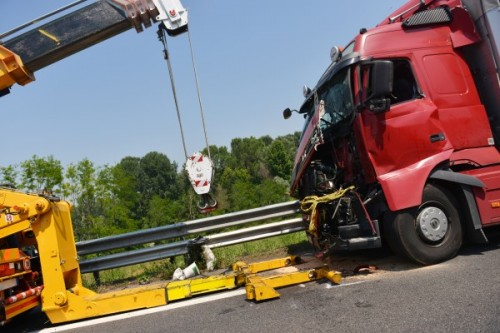 Involved In An Accident With a Truck: See How Our Pittsburgh Truck Accident Attorneys Can Help