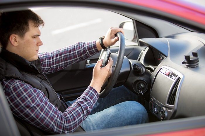 Discuss Causes And Solutions About Distracted Driving